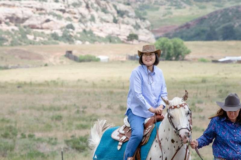 2019年7月20日, 「自由民主永續之旅」,蔡英文總統騎馬體驗美國西部風情(總統府)