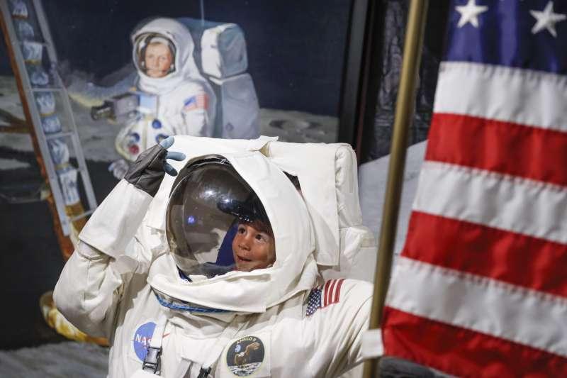 2019年7月20日,美國全國紀念阿波羅11號登月50周年(AP)