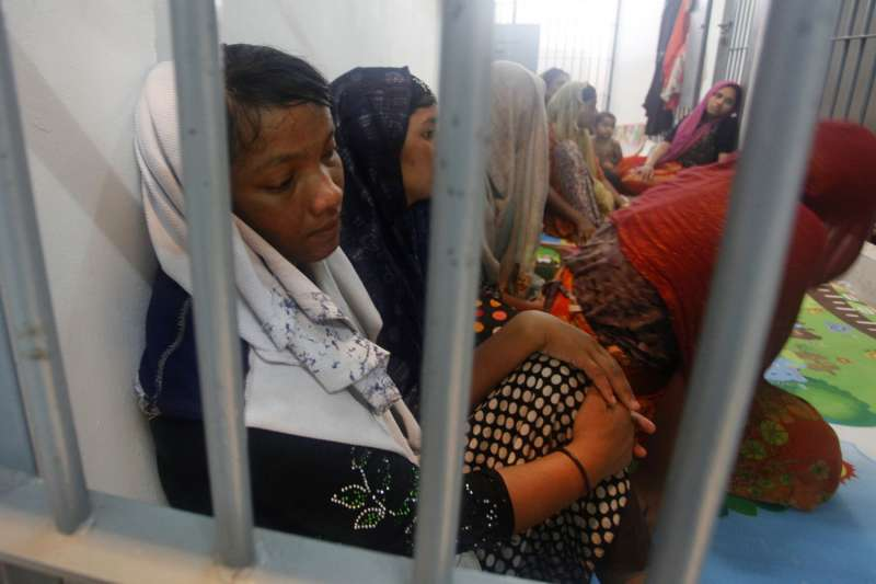 今年6月12日,泰國警方在南部麗貝島發現受困的數十名羅興亞穆斯林,這也是泰國最近一起海上人口販運案件(美聯社)