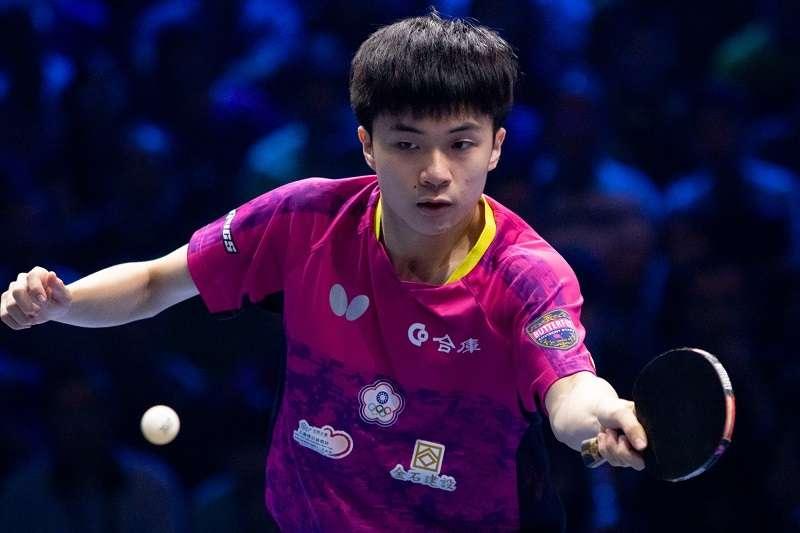 林昀儒在T2桌球鑽石賽馬來西亞站男單決賽,擊敗中國名將樊振東並成功奪冠。 (圖片取自ITTF臉書粉絲團)