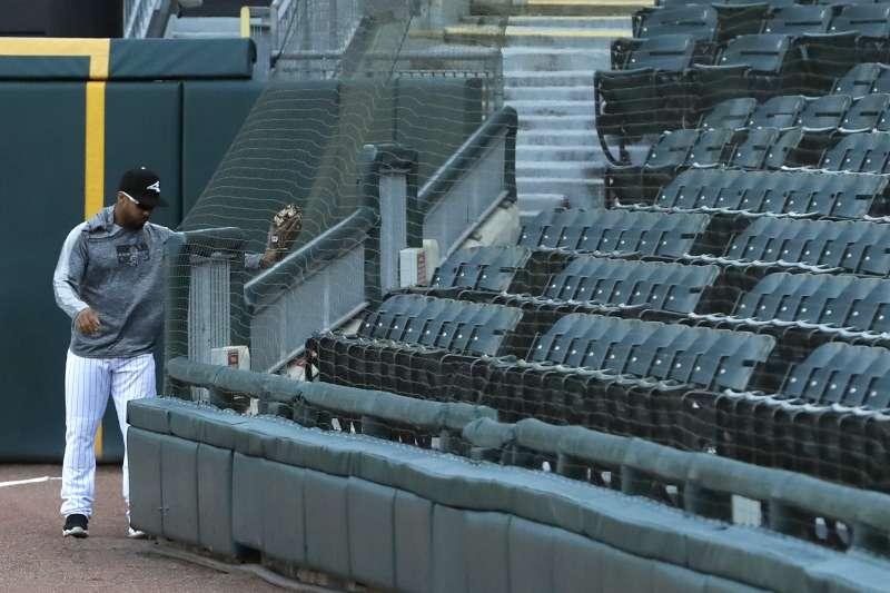 白襪成為大聯盟首支將防護網延伸至全壘打標竿的球隊。 (美聯社)