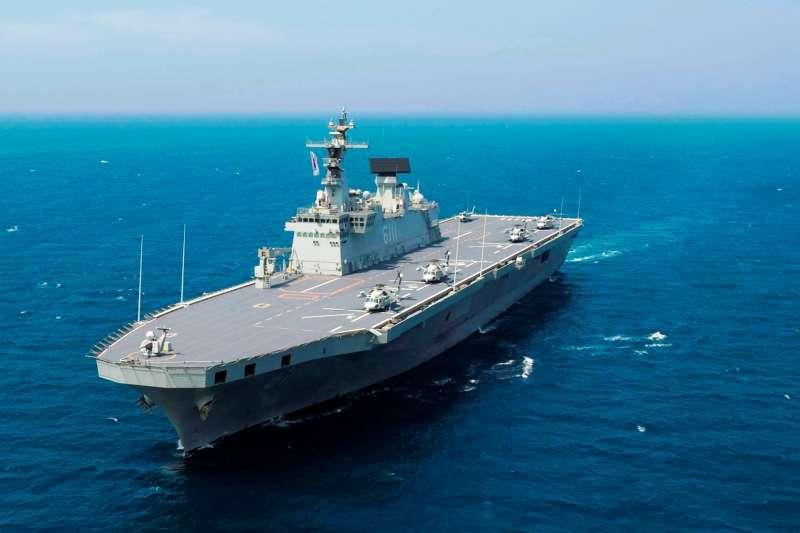 南韓「獨島號」兩棲突擊艦。(維基百科/公用領域)