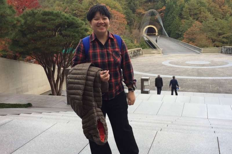 吳佩蓉宣布參選高雄市第6選區立委。(取自吳佩蓉臉書)
