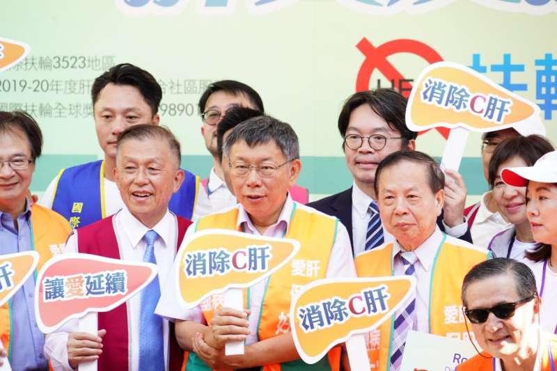 針對國安局菸品案,總統府稱之為「超買」,台北市長柯文哲27日表示,「是在重編國語辭典?」(台北市政府提供)