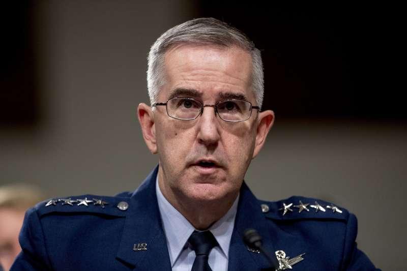 美國慘謀長聯席會議副主席人選、空軍上將海騰,遭一名空軍上校指控性騷擾。(AP)