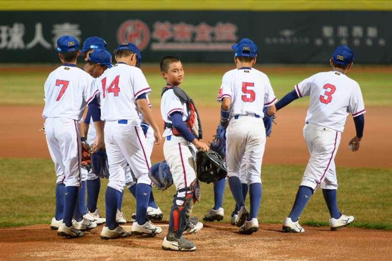 幫助熱愛棒球的小朋友圓夢,創造下一個台灣之光(圖/華南金控)