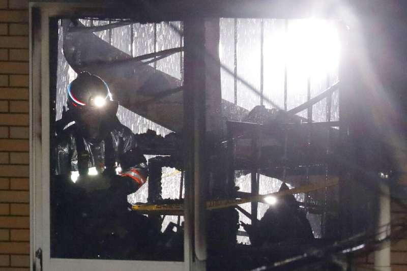 京都動畫第一工作室18日遭人惡意縱火,造成員工35死的悲劇。圖為被認為是關鍵起火與延燒點的螺旋樓梯。(美聯社)