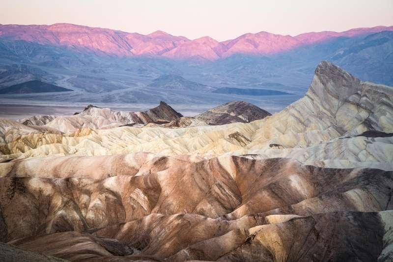 電影《星際大戰》曾在此地取景,因此彩虹峽谷又稱星際大戰峽谷。(@pixabay)