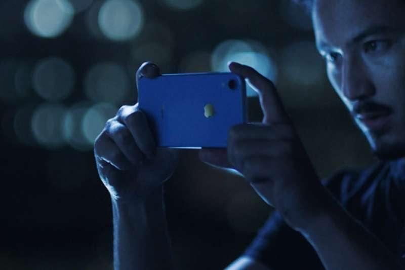蘋果公布截至6月下旬的會計年度第3季財報,其中iPhone營收占整體單季營收比重,是2012年以來單季首次低於5成,而服務項目營收創新高。