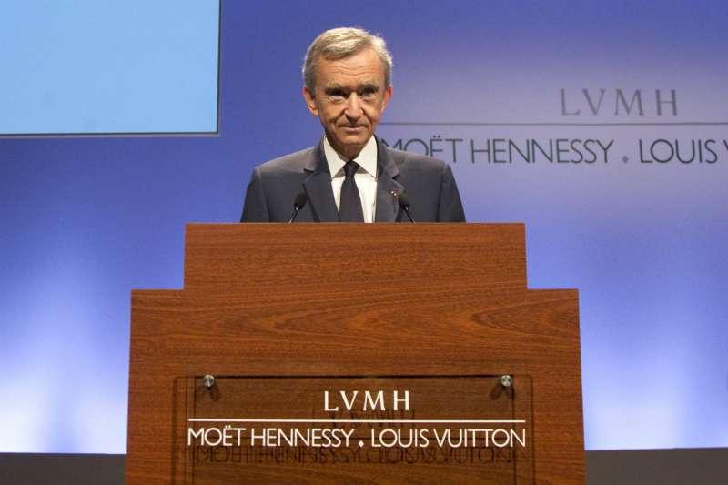 「時裝界的拿破崙」LVMH 集團現任行政總裁阿爾諾。