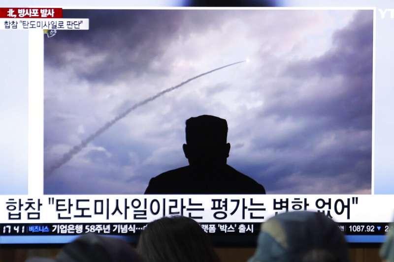 北韓2日再度發射不明飛行物,這也是8天來北韓第三度試射武器。(美聯社)