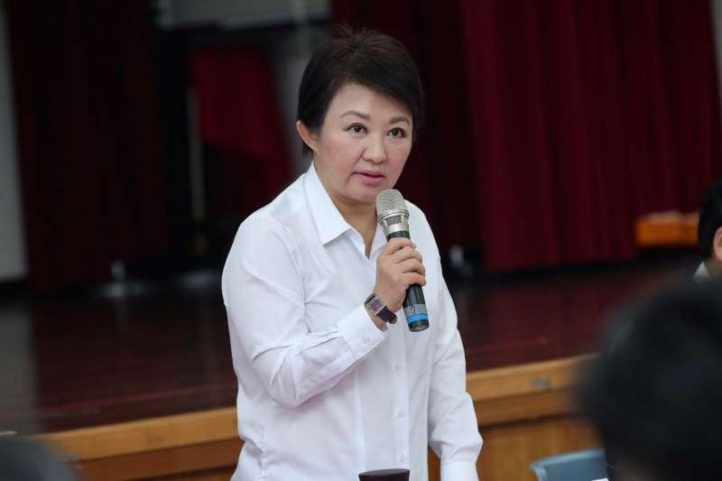 台中市長盧秀燕針對紙風車劇團演出租借場地一事,在市政會議中提出說明。(圖/臺中市政府提供)