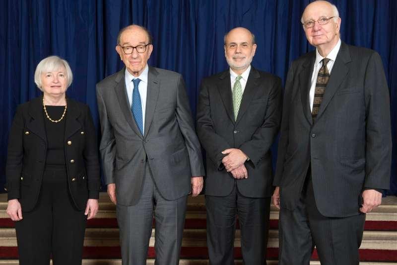 美國聯邦準備理事會4位前主席葉倫(左起)、葛林斯潘、柏南奇、伏克爾罕見發布聯合公開聲明,呼籲讓聯準會維持獨立運作。