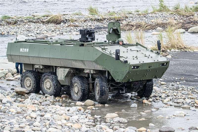 「台北國際航太暨國防工業展」將於下周登場,搭載81公厘迫砲的雲豹甲車二代M2樣車將首度公開陳展。(取自青年日報)