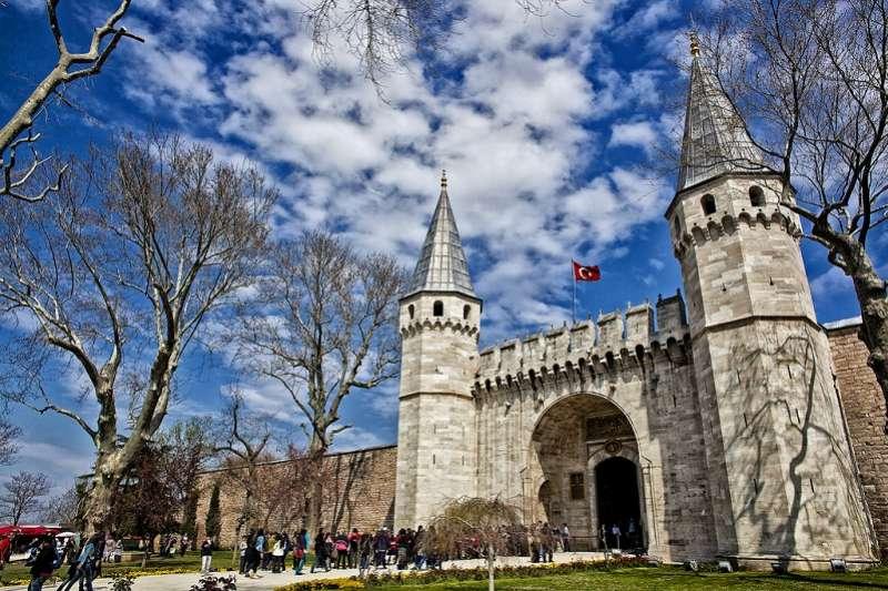 20190807-土耳其托普卡帕皇宮收藏豐富的景德瓷。(作者提供)