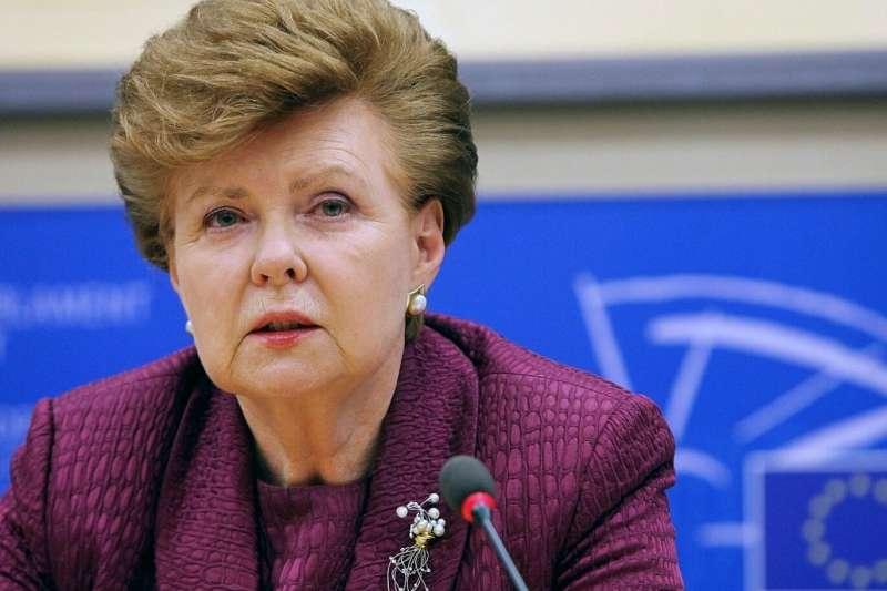 東歐首位女性國家元首、拉脫維亞前總統斐柏嘉(Vaira Vīķe-Freiberga)(資料照,AP)
