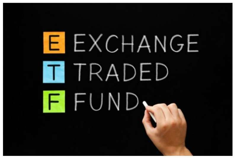 ETF和基金、股票有相當差異。