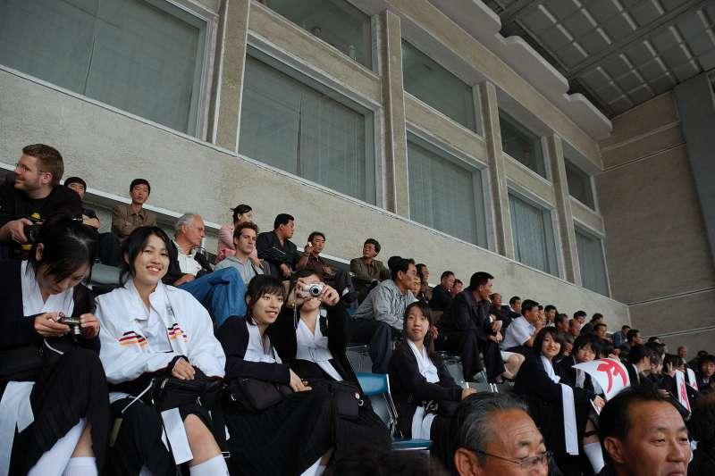 觀光客若想跟北韓人攀談,大可以這麼做,不會有誰來阻止,也無法令禁止。(圖/維基百科)