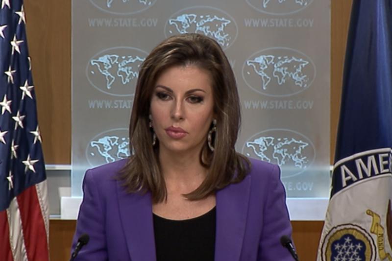 美國國務院發言人奧特加斯在國務院的例行記者會上。(美國之音)