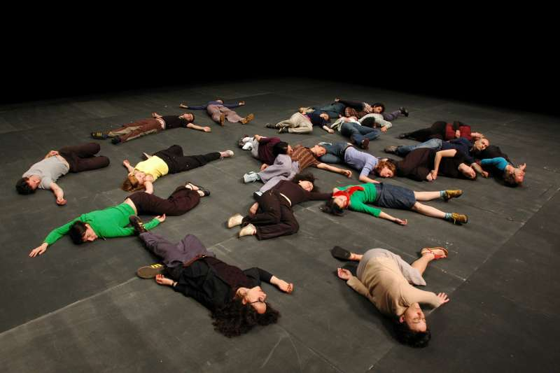 傑宏.貝爾作品更形似劇場,從沒有太多舞蹈,即使有,也躍出了標準定義。(圖/臺北表演藝術中心提供)