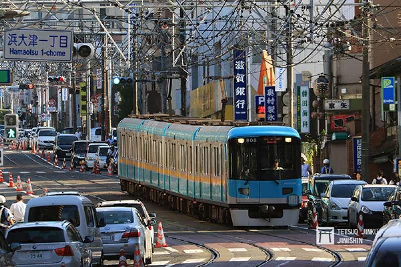京阪大津線是日本相當特殊的路線,京都側與京都地下鐵東西線直通運轉,大津側則是路面電車。(圖/陳威臣)