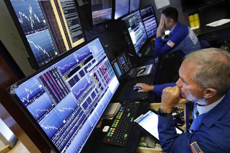 2019年8月12日,美股三大指數因中美貿易戰加劇延燒而重挫(AP)