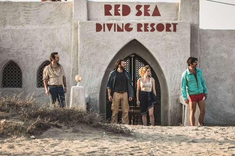 美國隊長克里斯·伊凡轉戰小螢幕,擔當《紅海深潛》特工主角(圖/IMDb)