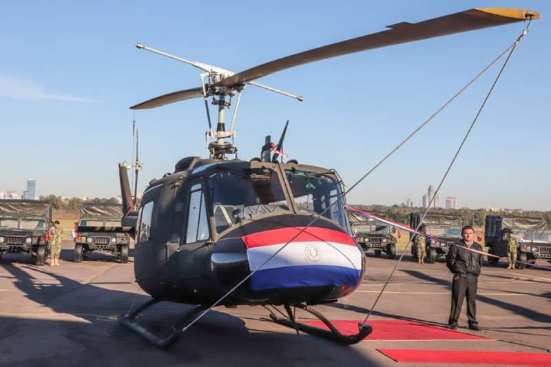 20190815-國防部長嚴德發出訪中南美洲,代表總統蔡英文向友邦巴拉圭執行援贈任務。(取自巴國總統阿布鐸臉書)