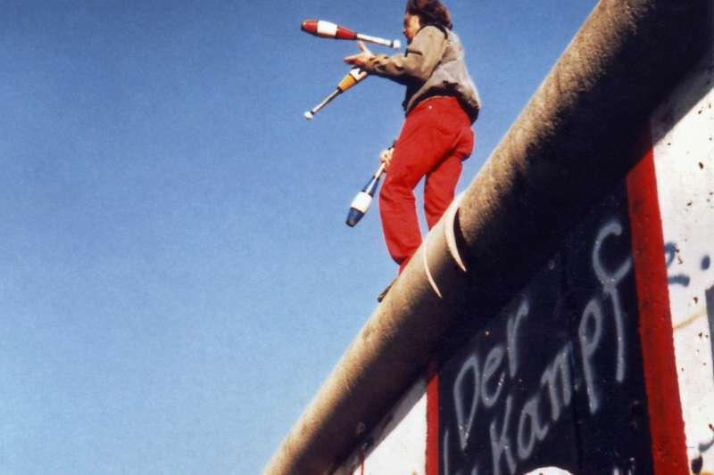 1989年11月的柏林圍牆( Yann Forget@Wikipedia / CC BY-SA 3.0)
