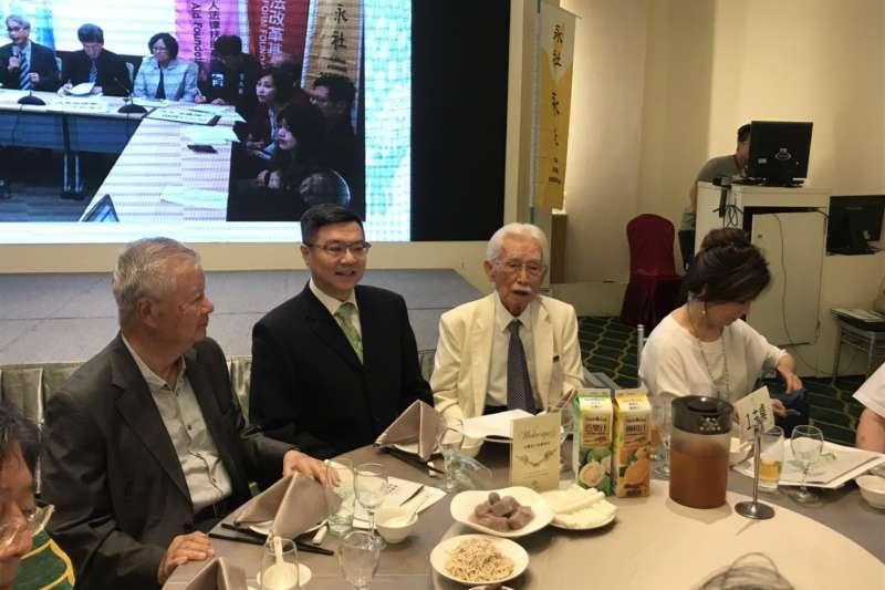 民進黨主席卓榮泰17日出席台灣永社「七周年感恩餐會」。(民進黨提供)