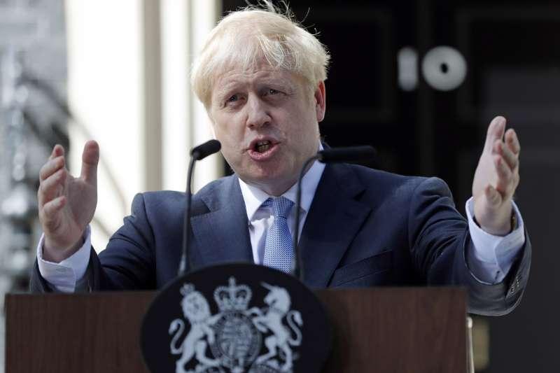 英國脫歐:硬脫歐派的英國首相強森(AP)