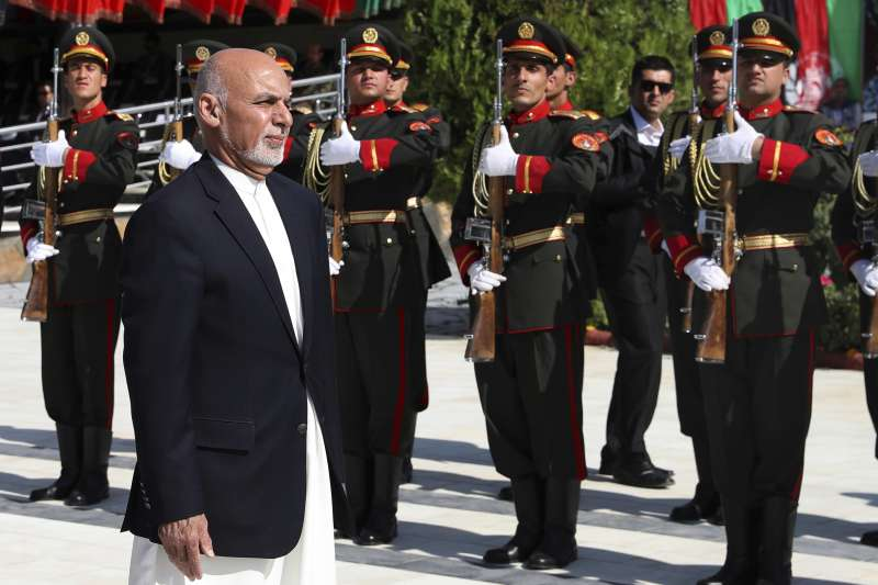 阿富汗總統賈尼19日出席獨立百年紀念活動(AP)