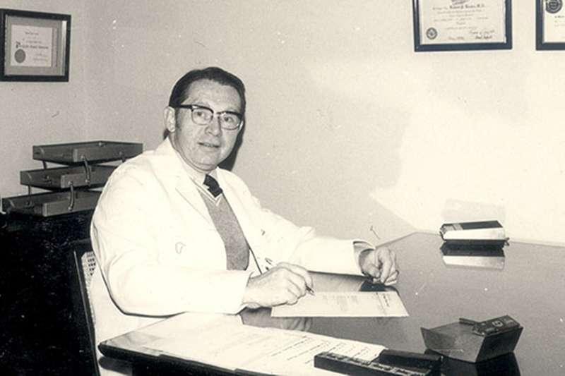 薄柔纜醫師行醫台灣40年,日前於美國病逝。(圖/取自門諾醫院臉書)