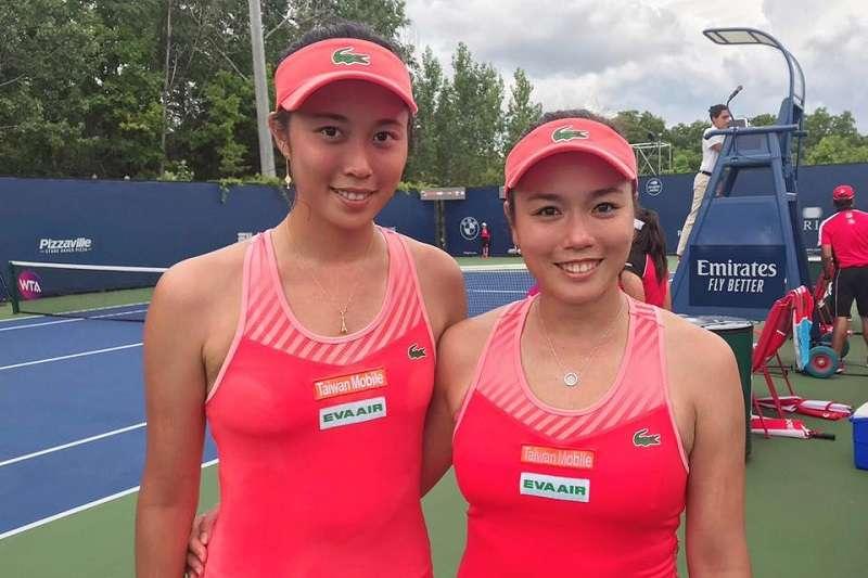 詹詠然與詹皓晴在紐約公開賽女雙首輪,以直落二晉級第二輪。 (資料照,圖片取自詹皓晴臉書)