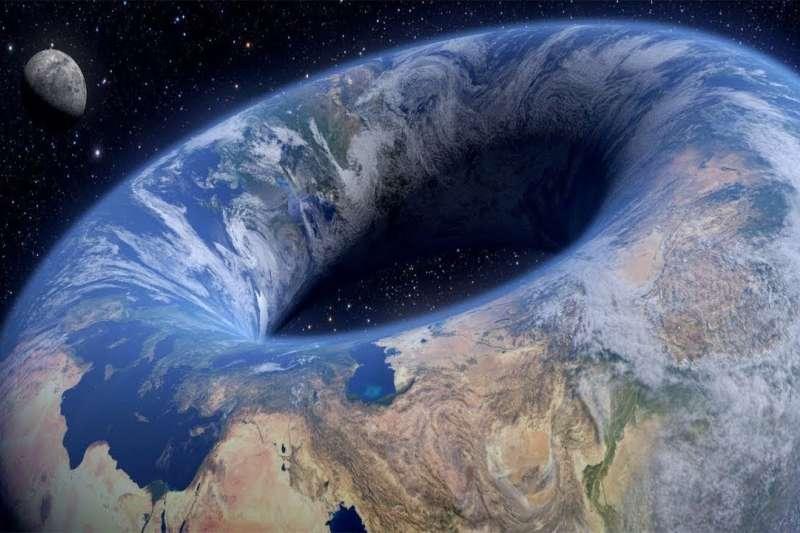 科學家堅信地球是「甜甜圈」形狀的。(圖/reddit)
