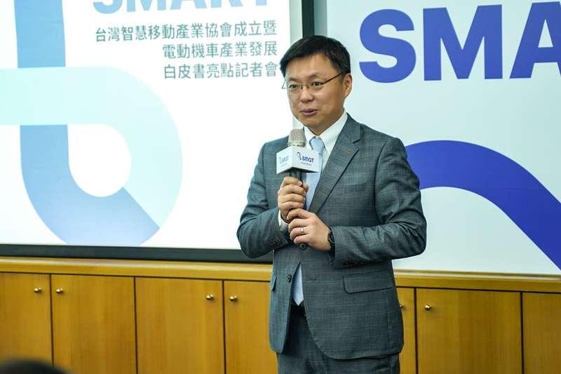 長期關心空氣污染及親子健康議題,來自高雄的趙天麟委員也到場祝賀(照片來源:台灣智慧移動產業協會)