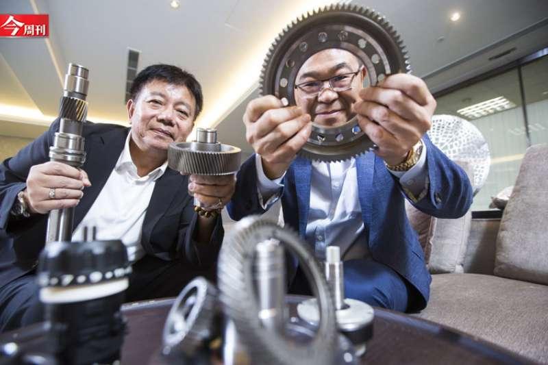 鈞興從縫紉機做到機器人心臟。陳弘岱攝影