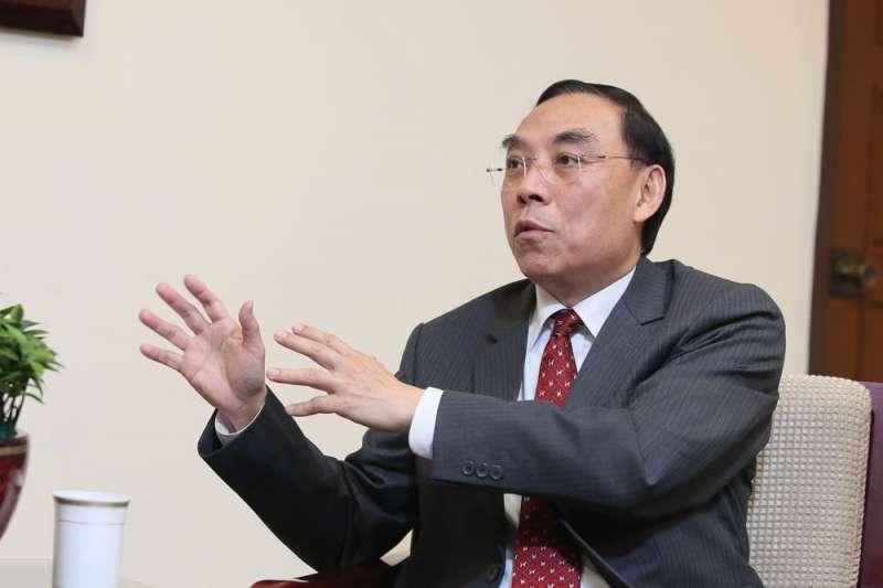 蔡清祥表示,人事安排不可能「保證錄取」,否則大家都會往同一個地方鑽。(柯承惠攝)
