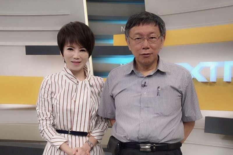 台北市長柯文哲(右)接受壹電視《十點上新聞》專訪,表示自己還等著看總統蔡英文交出的國政考卷。(壹電視提供)