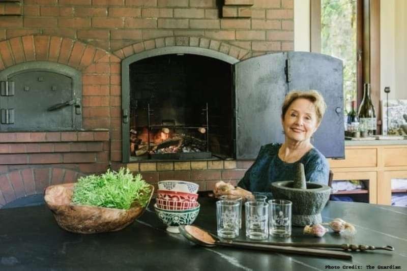 愛麗絲·沃特斯(Alice Waters)在加州開設了自己的第一間餐館Chez Panisse,推廣以當地種植有機食材入菜(圖/創新拿鐵)