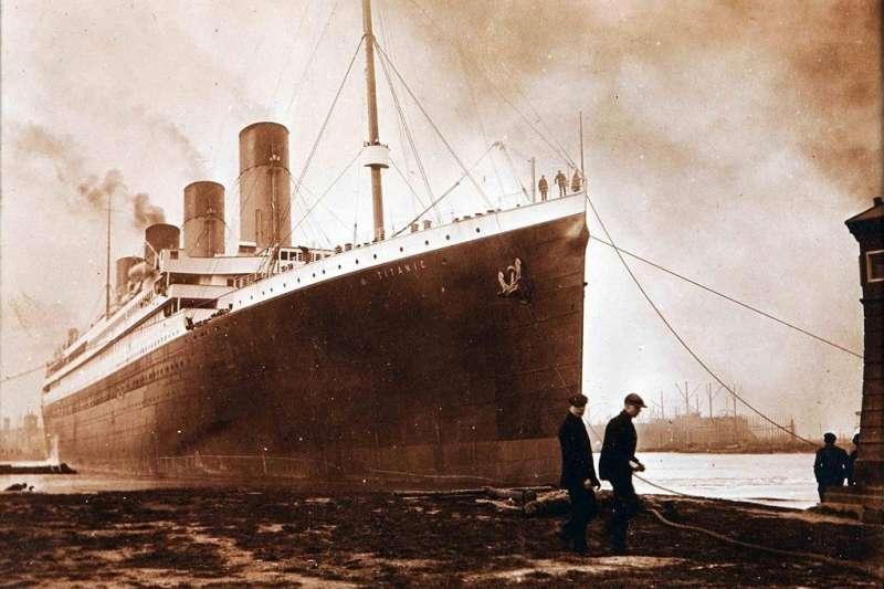 沉到海裡上百年的鐵達尼號,現在長什麼樣子呢?(圖/維基百科)