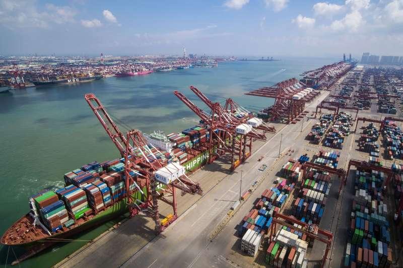 美中貿易戰的陰影壟罩全球。示意圖。(資料照,美聯社)