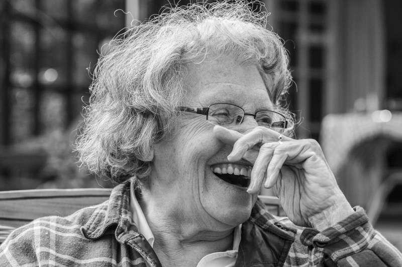 美國最新研究指出,保持樂觀有助於延長壽命。(示意圖,取自pixabay)