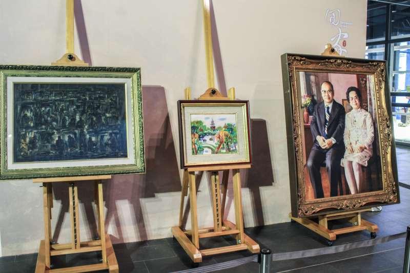 20190828-順天美術館館藏捐贈開箱「返台回家」記者會,圖為捐贈的作品,左起為礦工頌,公園一隅,許鴻源夫婦肖像。(蔡親傑攝)