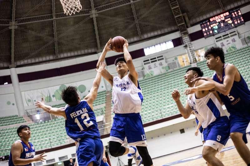 UBA冠軍隊五健行科大驚濤駭浪擊敗菲律賓勁旅,拿下首屆臺灣與亞洲區大學籃球交流賽首勝。(主辦單位提供)