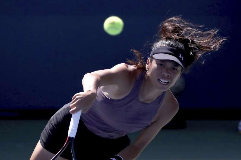 台灣網壇一姊謝淑薇29日在美國網球公開賽第2輪,敗在決勝盤搶七,生涯第4度止步美網64強,未能改寫個人美網最佳紀錄。(美聯社)