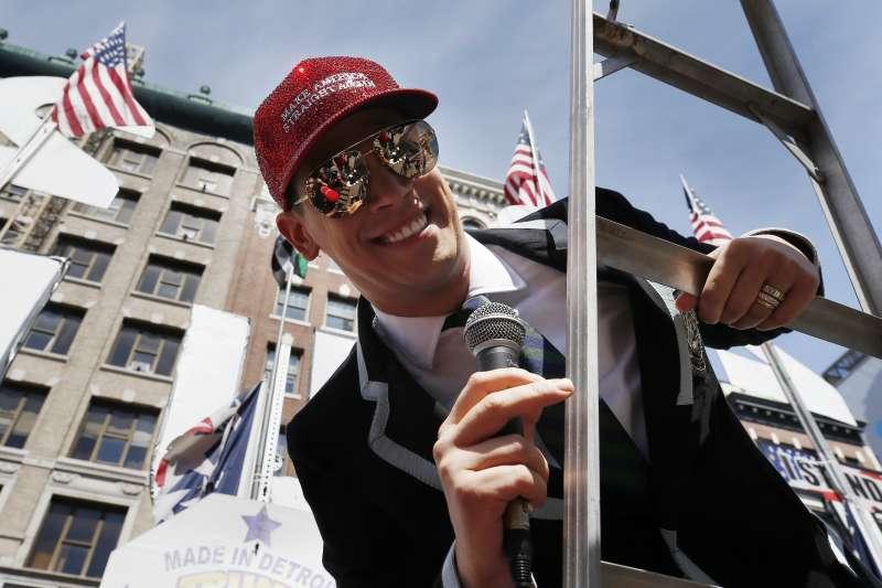 美國波士頓異性戀驕傲遊行:遊行由英國極右同志雅諾波魯斯領隊(AP)