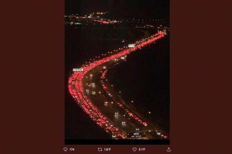 香港眾志在推特張貼的「港版敦克爾克大撤退」照片。