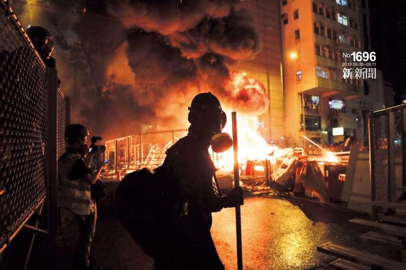 街頭暴力升級,緊急法如利刃懸頂