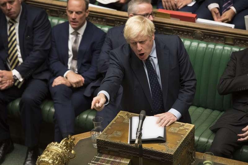 英國脫歐下一步:首相強森遭遇挫敗。(AP)